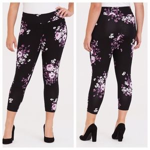 Torrid Floral Ponte Stretch Pull-On Pixie Pant 2